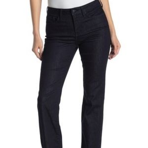 NYDJ stretchy jeans
